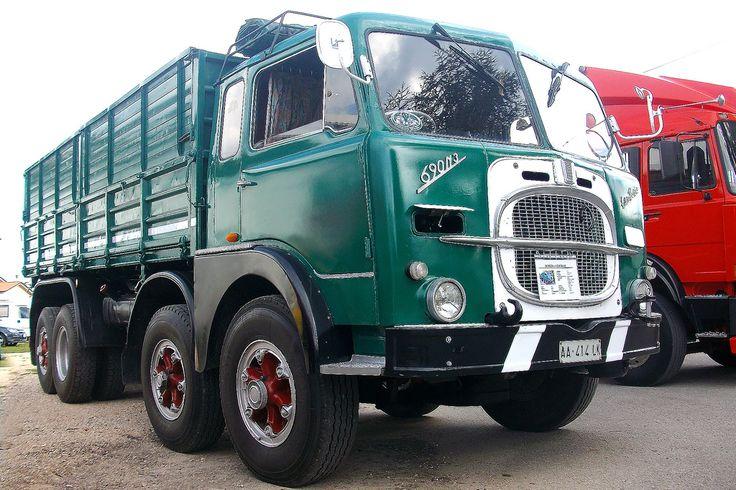 https://flic.kr/p/79MX3H | FIAT  690  N3 | FIAT  690  N3  Raduno Mezzi d'Epoca Auto e Camion  a Gonzaga Mn  Rally Car and Truck Historical Resources in Gonzaga Mn  18.10.09