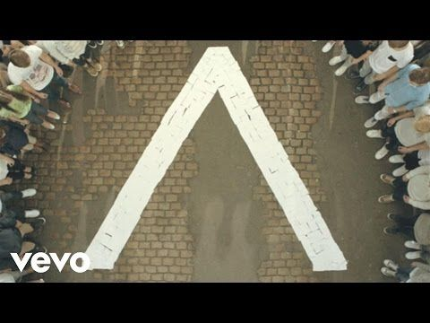 Axwell /\ Ingrosso - Sun Is Shining - YouTube