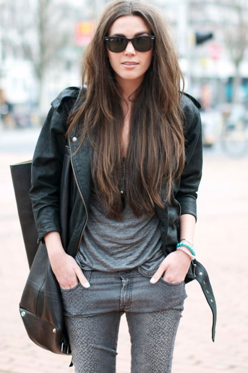 .Bobs Haircuts, Black Leather Jackets, Long Hair Style, Hair Colors, Fall Style, Dark Hair, Outfit, Jeans, London Fashion