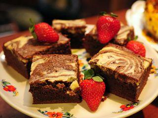 Cheesecake brownie por Narda Lepes