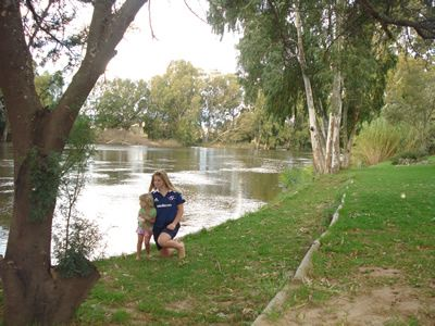 Bonnievale River Lodge - riverside camping on the Breede River