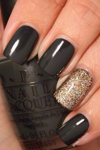 Bild über We Heart It #black #fashion #girl #girly #glittery #gold #love #nails #sparkly #style #stylish