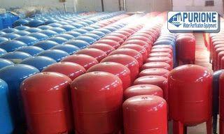 Pressure Tank Drakos 100 Liter adalah tangki tekan air yang terbuat dari bahan carbon steel untuk kapasitas 100 liter