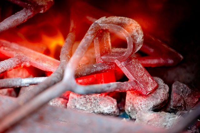 ❦ thesleepyfisherman:  Red Hot by Todd Klassy on Flickr.