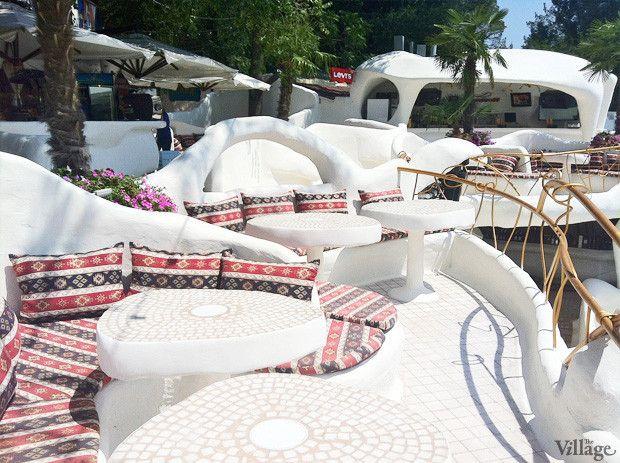 На песке: 5 пляжных клубов Одессы. Изображение № 3.