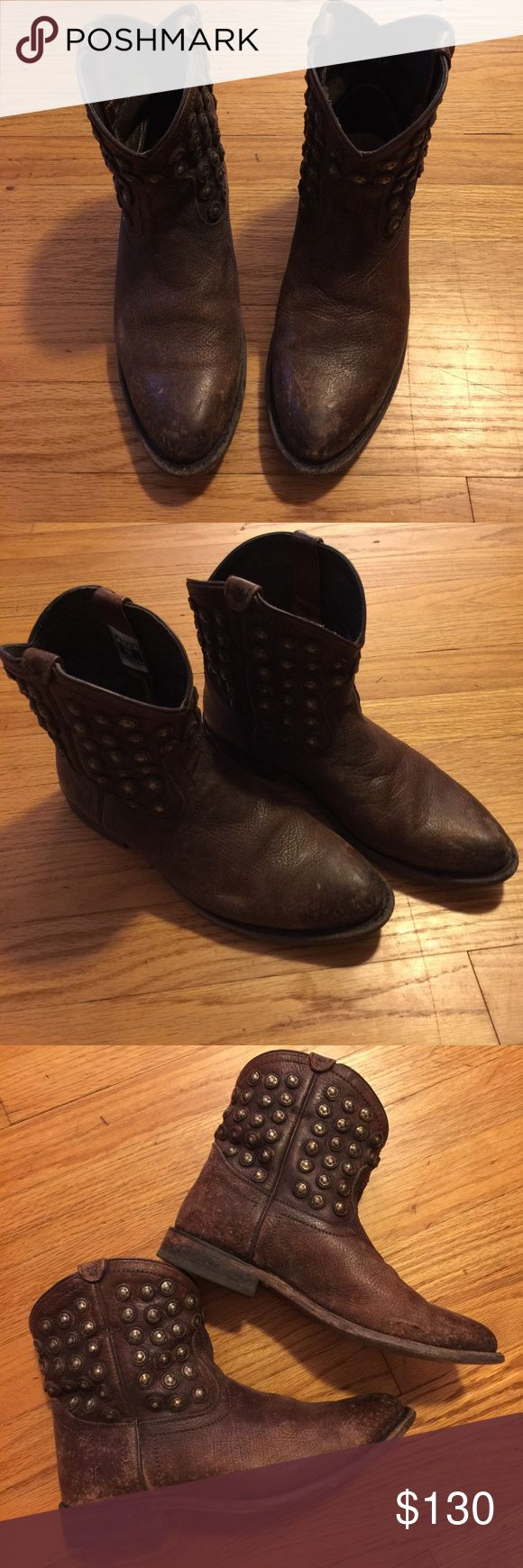 "Frye Wyatt Disk Short Boots In great condition.  Leather glazed for a vintage look.  No two are alike.  1 1/4"" heel.  6 1/2"" boot shaft. Frye Shoes Ankle Boots & Booties"