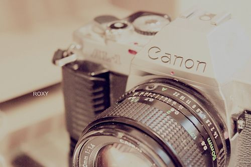I want a camera like this!!!!!!!!!!!!!dont u?????