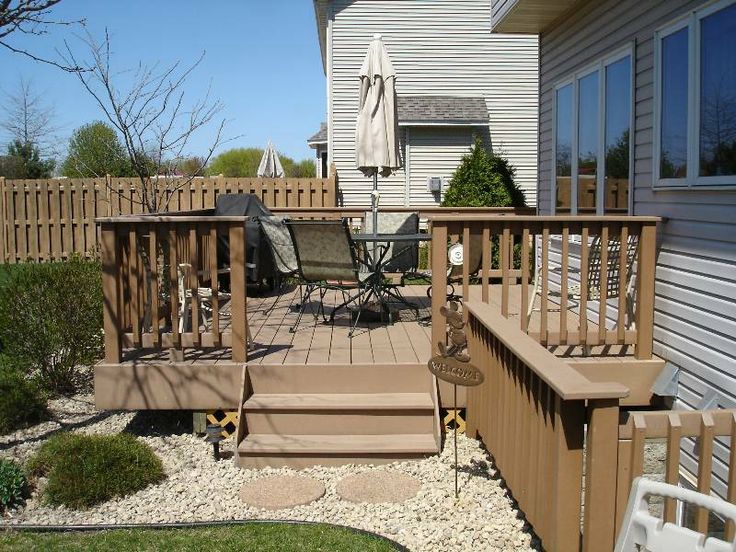 7 best images about decks on pinterest arbors small for Small backyard decks