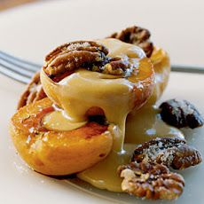 Spanish tapas dessert-- Roasted Apricots with Sugared Pecans and Dulce de Leche Recipe Looks easy and elegant