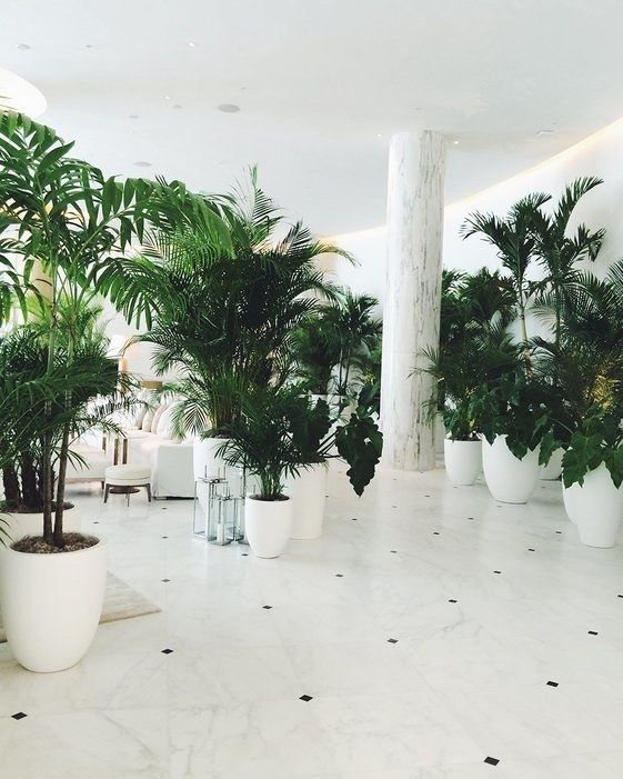 The Yabu Pushelberg-designed lobby.