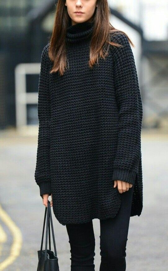 Love this oversize black sweater. Hello classic and cool.