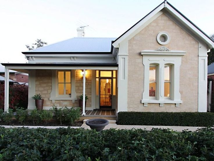 It's a pretty well-known fact that I love the period homes down the Freeway in Adelaide. Such a mix of different architectural styles, with ...
