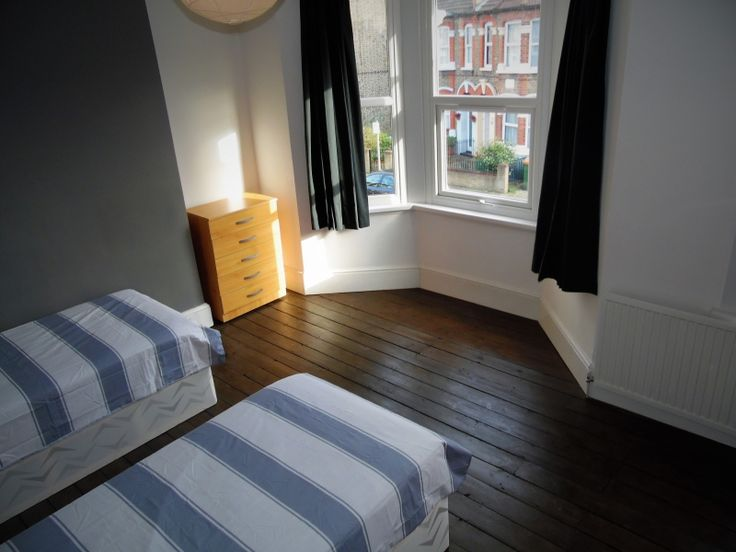 Room available in West Ham  Only a short walk to West Ham tube station (Zone 3), which benefits from Docklands Light Railway (DLR) District; City and Jubilee Lines which offer easy access to Canary Wharf and the City.  There are shops around the corner, and there's also a park right next to the house.  Price: £ 866 per month  Feel free to ask any questions!