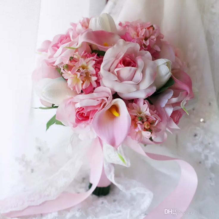 Romantic%20Pink%20Bride%20Holding%20Brooch%20Bouquet%202017%20Hyacinth%20Tulip%20Calla%20Lily%20Rose%20Artificial%20Wedding%20Decoration%20Bridesmaids%20Country%20Bouquets%20Bridal%20Bouquets%202017%20Country%20Garden%20Bridal%20Bouquets%20Bouquet%20Bride%20Holding%20Online%20with%20%2491.43%2FPiece%20on%20In_marry's%20Store%20%7C%20DHgate.com