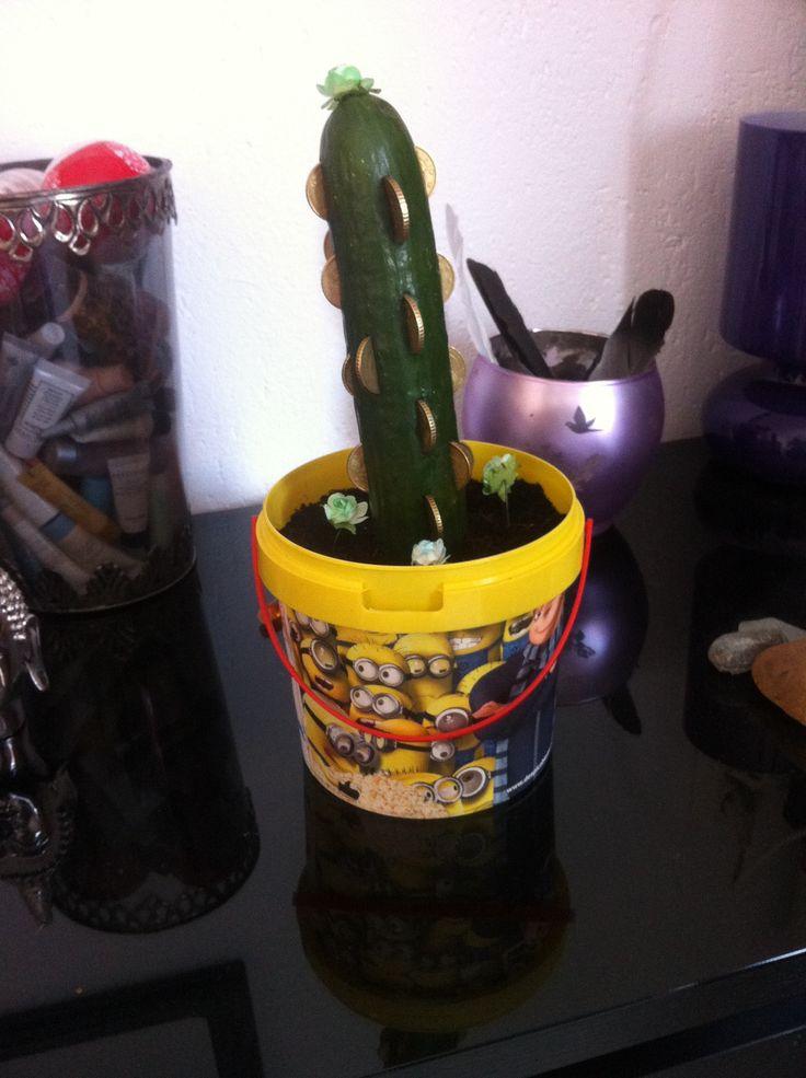 Verjaardagscadeautje voor vriendje, gek van Minions en wilde graag geld hebben.