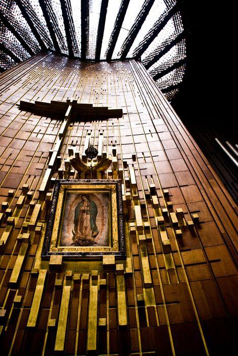 Nuestra Señora de Guadalupe. Basilica de Guadalupe.  Ciudad de Mexico.