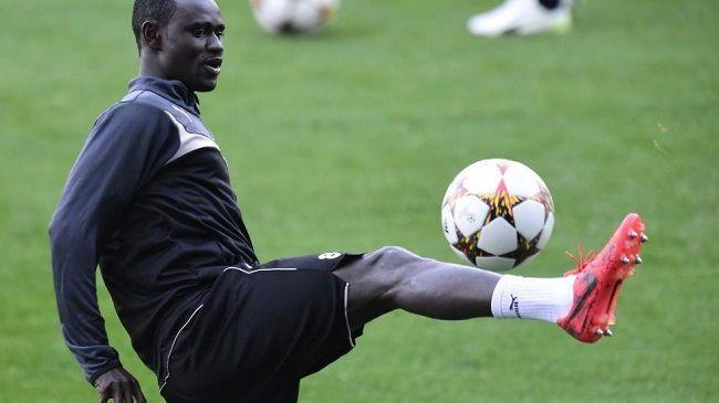 Enoch Adu brutalnie sfaulował rywala w Lidze Mistrzów • Olympiakos Pireus vs Malmo FF • Czerwona kartka Enocha Adu • Wejdź i zobacz >>