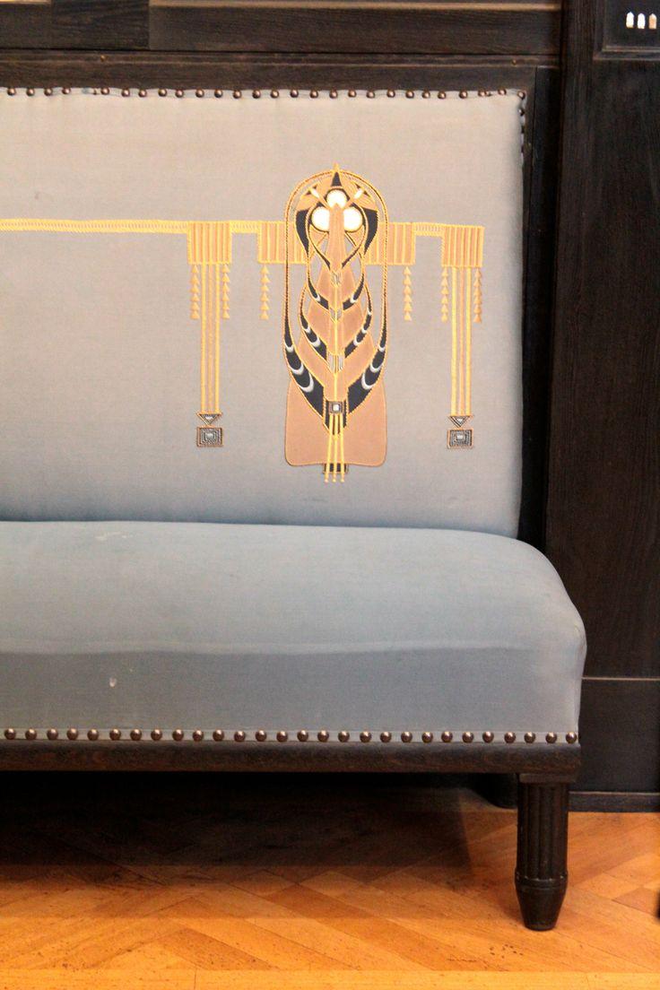 53 besten art nouveau bilder auf pinterest jugendstil m bel antike m bel und grafik design. Black Bedroom Furniture Sets. Home Design Ideas
