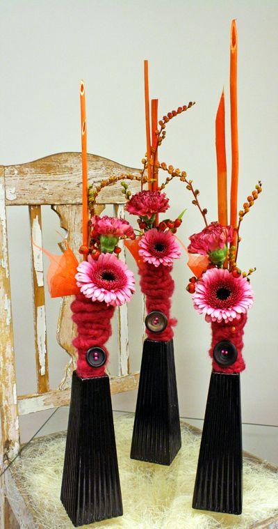 http://holmsundsblommor.blogspot.se/2011/10/knapp-i-bukett.html Germini Isabelle, nejlika, crocosmia