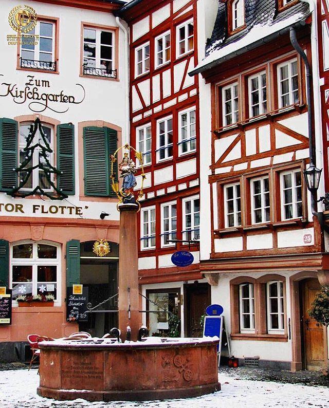 🇩🇪DEUTSCHLAND_GREATSHOTS🇩🇪 T H E  G R E A T  O F  T H E  D A Y. WIR GRATULIEREN.  F O T O:  @roxananardone .  TAG: #deutschland_greatshots. Ausgesucht von: @gaempa. 🇩🇪🇩🇪🇩🇪🇩🇪🇩🇪🇩🇪🇩🇪🇩🇪🇩🇪🇩🇪🇩🇪🇩🇪🇩🇪🇩🇪🇩🇪🇩🇪 Danke .  #doorsandwindows_greatshots  #ig_nrw #srs_germany #ig_deutschland #travel_2_germany #lighthouses_windmills_gs #bestgermanypics #deutschlandkarte #wns_germany #meindeutschland #living_europe #castles_oftheworld #europa_estrella.  28. November 2016.