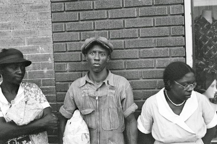 Ben Shahn - Sharecroppers in Marked Tree, Arkansas, 1935