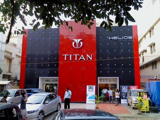 Titan Company Ltd. Indian designer and manufacturer of watches, jewellery, precision engineering components and other accessories including sunglasses, wallets, bags, belts, fragrances and helmets. It is a joint venture between the Tata Group, and the Tamil Nadu Industrial Development Corporation. #titan #company #office #India #titancompany  #titanwatch #latepost  #titancompanylimited #officebuilding #lastfewdays #change #dream #dreams #photographytips #indianphotography #nofilter #mbaonemi
