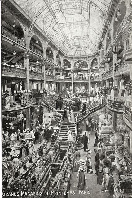 "Printemps Haussmann Paris - in 1905, Gustave Laguionie succeeds Jules Jaluzot, the creator of the Printemps. The architect René Binet rearranges the ""Anciens Magasins"" (the actual Printemps Beauté Maison) and installs a four spiral staircase."