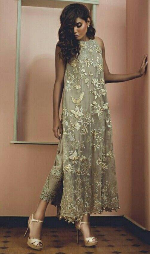 Tena Durrani #pakistanifashion #wedding #asian #beautiful #bridal #pret #luxury #model #luxurylifestyle