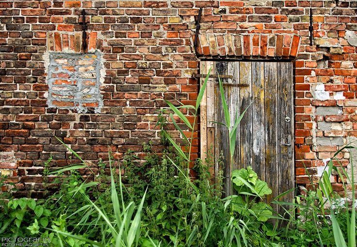 Pictografio: Forgotten door