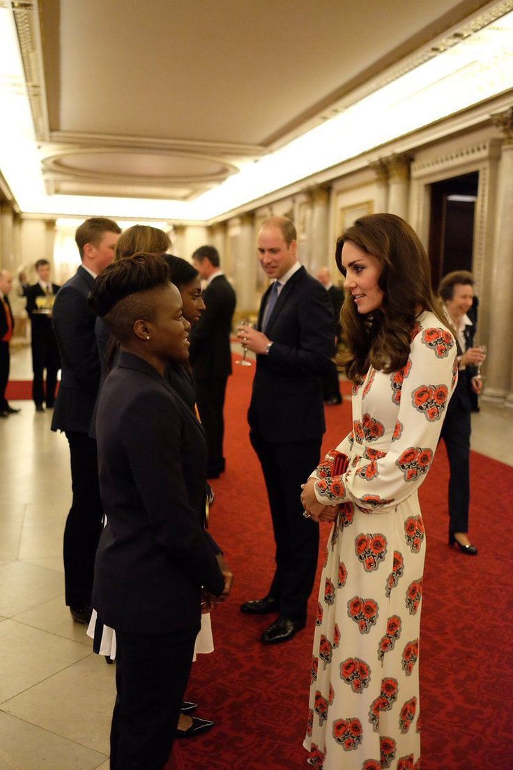 Despitea Canadian tour that saw Kate Middleton turn out in frocks from Preen, Carolina Herrera, and See by Chloé, it was earlier today at Buckingham Palace (for a reception celebrating Team Great Britain) that the young Royal proved her fashion acumen in a new dress from Alexander McQueen that was nothing if not gold medal–worthy. The '70s-inspired shirtdress gathers at the waist to highlight Middleton's enviable physique, while a V-neckline alludes to a sensual sophistication. With a…