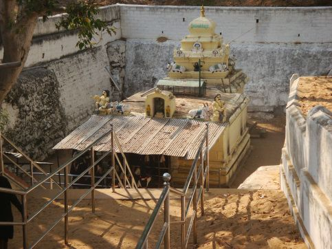 """the Pataleshwara or Vasukishwara, Maruleshwara or Saikateshwara, Arkeshwara, Vaidyanatheshwara and Mallikarjuna temples form the famous """"Panchalinga Darshana"""" which is held once every 12 years. The Panchalinga Darshana is held on a Monday falling on a new moon day in the month of Karthika (November/December) when the sun is in the Scorpius constellation. Apparently the last Panchalinga Darshana was held in the year 2006. The Pataleshwara Shivalingam is said to change colors during the day"""