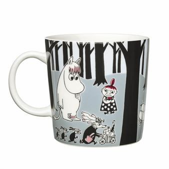 The Move Moomin mug is included in the series Moomin Adventure from Arabia.