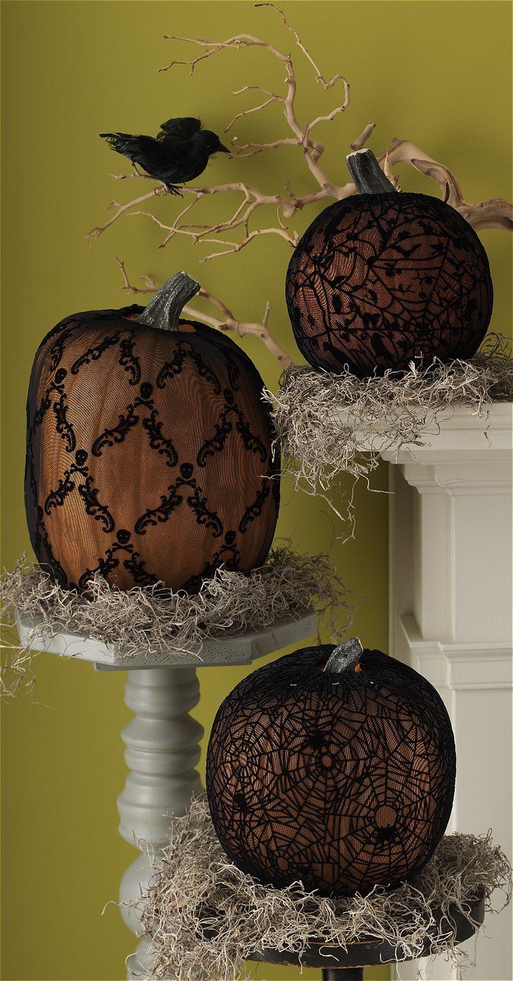 Slip on these Martha Stewart Crafts Haunted Pumpkin Sleeves for a dark and moody centerpiece #marthastewartcrafts
