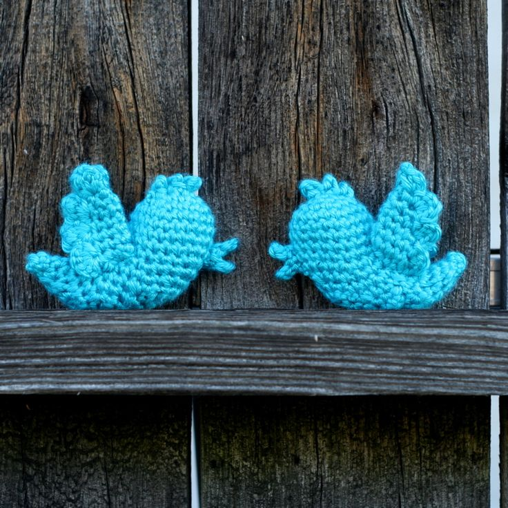 Twitterpated! My crochet version of the Twitter logo bird.
