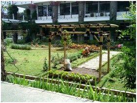 Gedung sekolah farmasi itb
