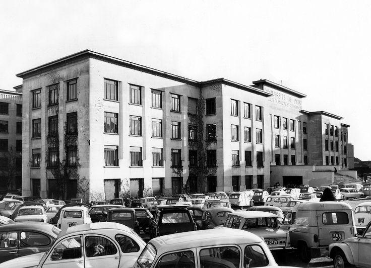 Domaine Rockefeller, Faculté de Médecine et de Pharmacie, Université Claude Bernard Lyon 1 (1971) - Cette faculté de médecine créée en 1930 accueille aujourd'hui l'UFR de médecine Lyon Est, l'Institut des Sciences Pharmaceutiques et Biologiques (ISPB) et l'Institut des Sciences et Techniques de la Réadaptation (ISTR).    http://lyon-est.univ-lyon1.fr/  http://ispb.univ-lyon1.fr/  http://istr.univ-lyon1.fr/