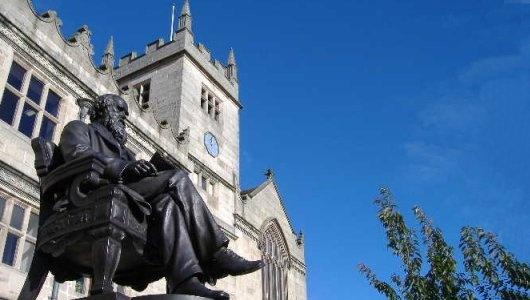 Charles Darwin statue, Shrewsbury