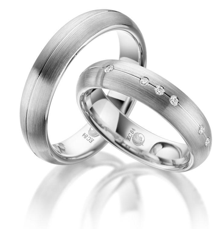 Eheringe Trauringe Rubin RU 1045 Platin 600 #jewelry #jewels #jewel #fashion #gems #gem #gemstone #bling #stones #stone #trendy #accessories #love #crystals #beautiful #ootd #style #fashionista #accessory #instajewelry #stylish #cute #jewelrygram #fashionjewelry #verlobungsring #engagementring #engagement #verlobungsringe #trauringeschillinger #wedding #weddingrings #diamantring #trauringe #eheringe #trauringe_schillinger
