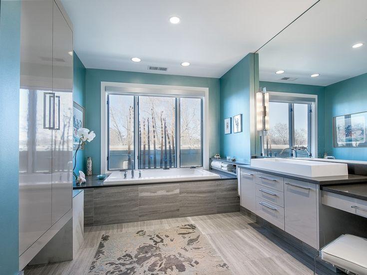 Бирюзовые цвета в интерьере ванной комнаты