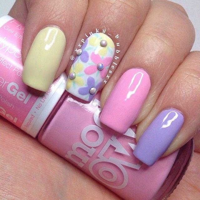 Instagram media by thepolishlist - Spring floral mani created using @modelsownofficial 'Banana Split', 'Pink Veneer' & 'Lilac Sheen'. I'm loving these Hyper Gel pastel polishes