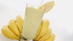Банановый смузи для похудения - 6 рецептов http://novyediety.ru/racion-xudeyushhix/bananovyj-smuzi-dlya-poxudeniya/