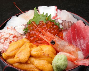Kaisen Don(Raw fish and salmon roe on the vinegared rice).jpg (365×291)