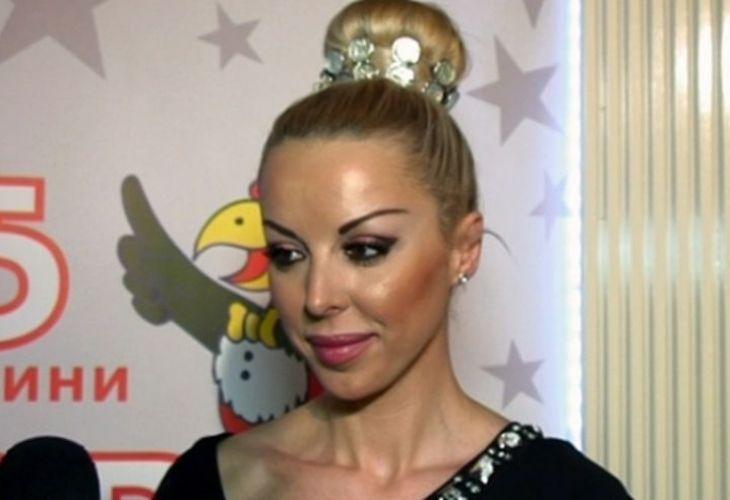 Голяма ИЗНЕНАДА! Спомняте ли си Кати Пеперудата? Ето с кого си ляга - http://novinite.eu/golyama-iznenada-spomnyate-li-si-kati-peperudata-eto-s-kogo-si-lyaga/