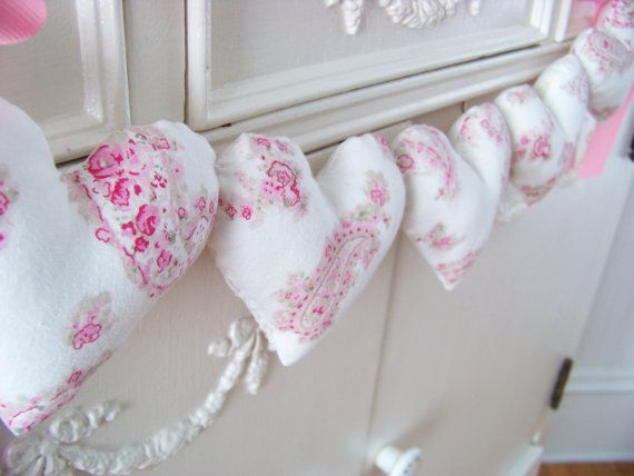 Shabby Chic Fabric Heart Garland / Pink And White Heart Banner /  String Hearts / Fabric Pillow Hearts