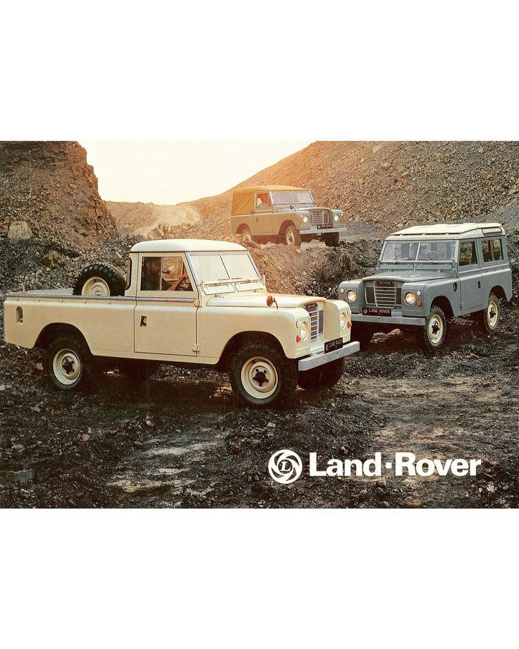Flat Panel Squad . . #landrover #landroverseries #series #series1 #series2 #series2a #series3 #series88 #series109 #stageonev8 #stageone #landy #best4x4xfar #defender #defender90 #defender110 #defender130 #landroverdefender #squad #squadgoals #offroad #adventure #explore #experience #classic #classiccars #vintage #vintagecar #rangerover #alloyandgrit . @landrover @landroverusa @land_rover_series_pics @landrover_uk