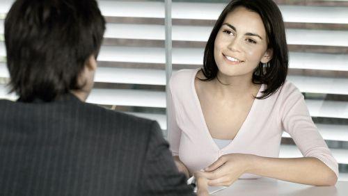 Hvilke spørgsmål bliver man stillet som nyuddannet til en jobsamtale?