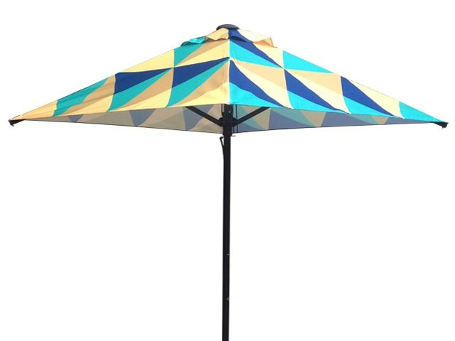 Sunranger Umbrella for Cafes, restaurants and resorts.