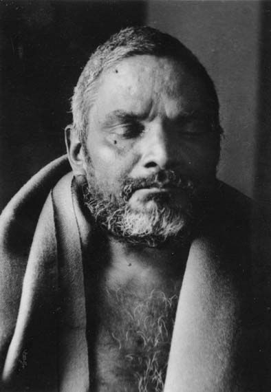 Risultati immagini per Mahasamadhi di Bhagawan Nityananda