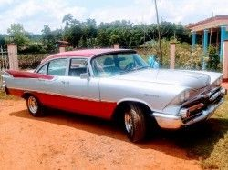Classic car old-timer Viñales Transfers www.tropicalcubanholiday.com