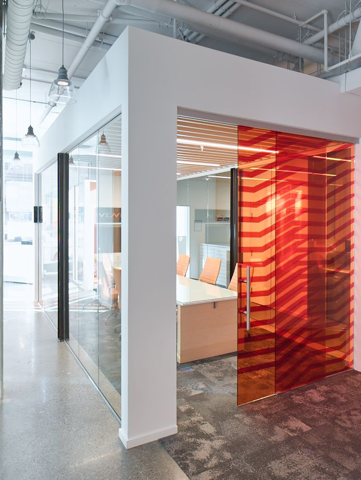 Meeting room @ Vivenda, Montreal by Trafic design. Photo credit: Louis Prud'homme